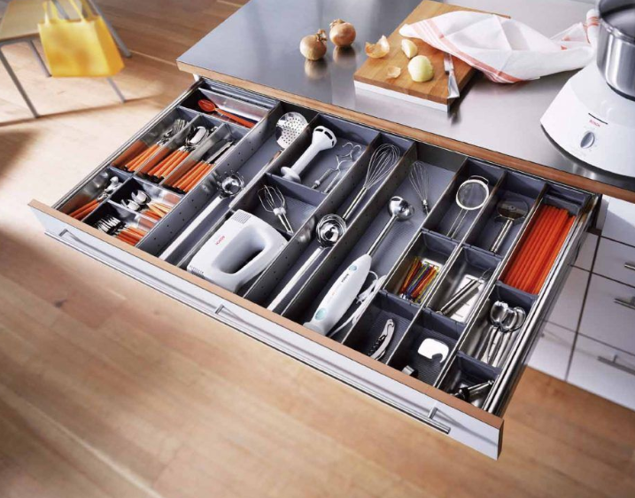 dividers in kitchen drawer